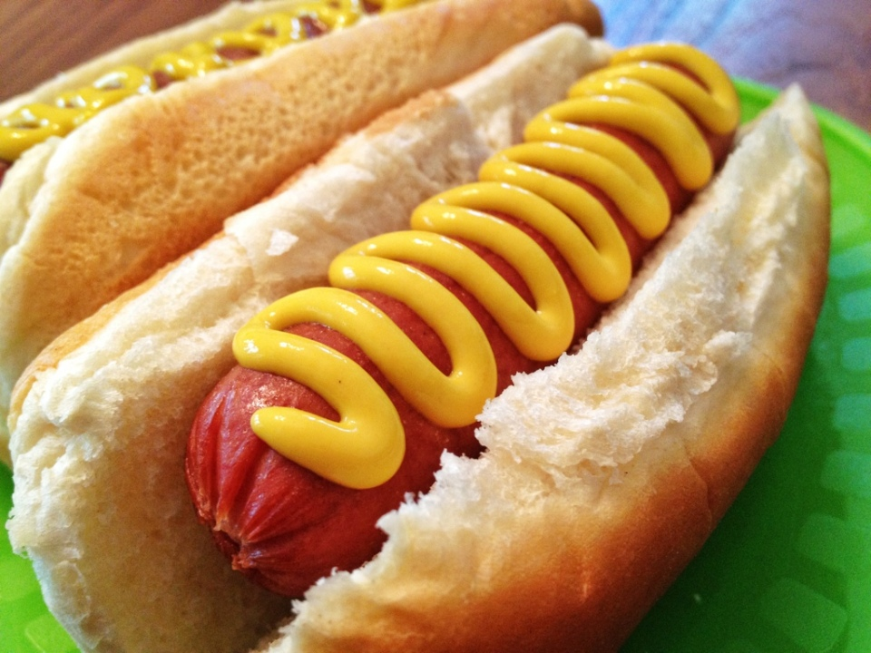 National-Hot-Dog-Day-Wallpapers-Hot-Dog-Day-HD-Art-Wallpapers-03