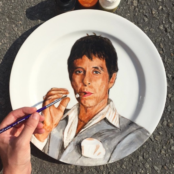 Adorable_Portraits_of_Famous_Movie_Characters_Painted_on_Plates_by_Jacqueline_Poirier_2015_02
