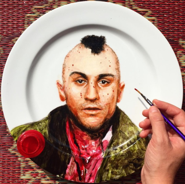 Adorable_Portraits_of_Famous_Movie_Characters_Painted_on_Plates_by_Jacqueline_Poirier_2015_03