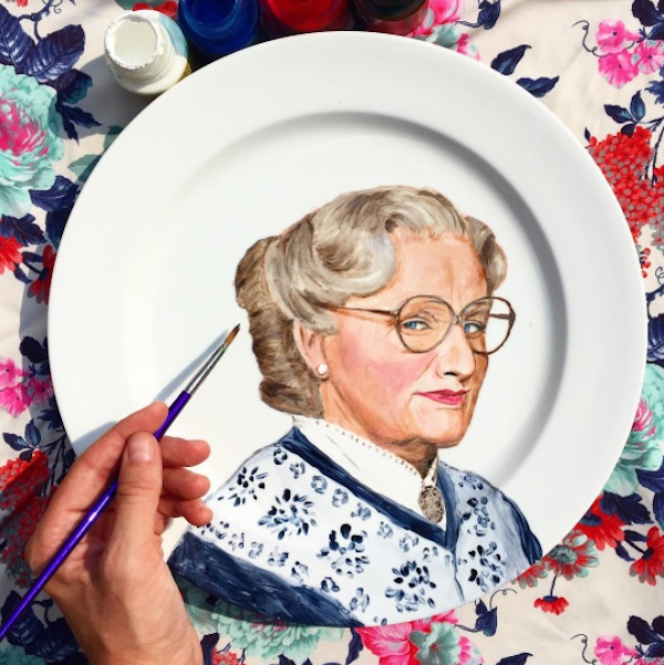 Adorable_Portraits_of_Famous_Movie_Characters_Painted_on_Plates_by_Jacqueline_Poirier_2015_06