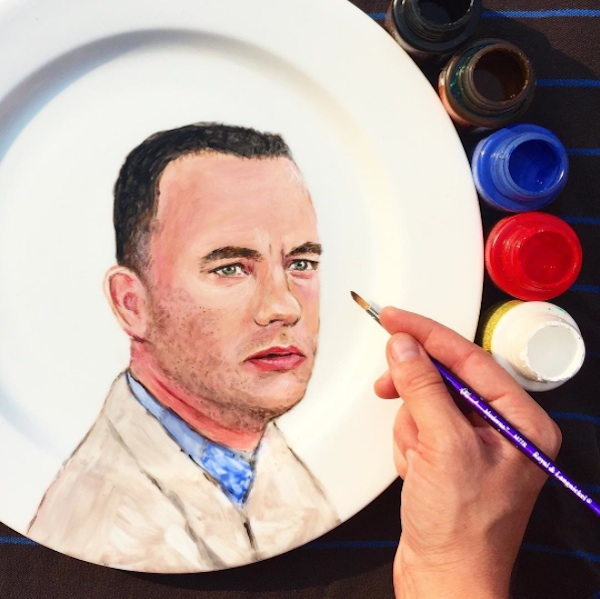 Adorable_Portraits_of_Famous_Movie_Characters_Painted_on_Plates_by_Jacqueline_Poirier_2015_07