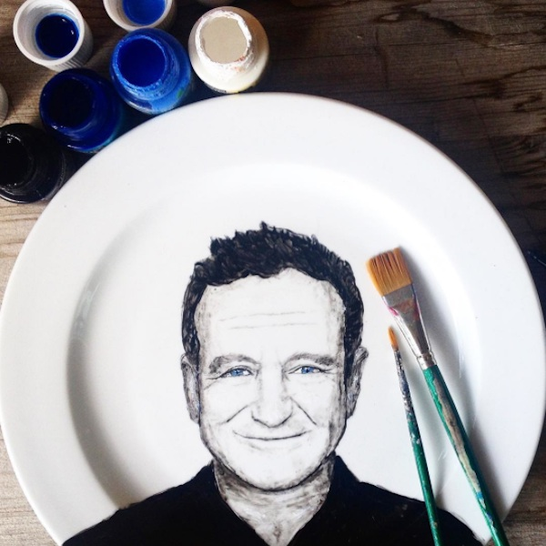Adorable_Portraits_of_Famous_Movie_Characters_Painted_on_Plates_by_Jacqueline_Poirier_2015_10